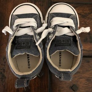 Toddler converse shoes Brand new size 5C